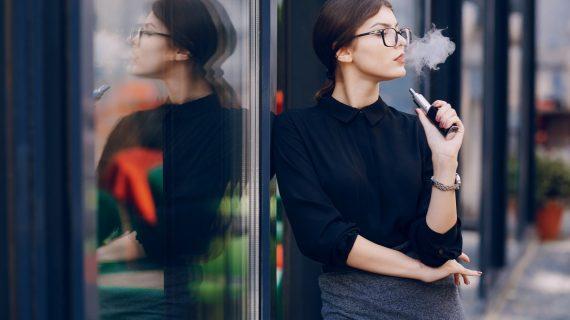 La scienza dimostra che le sigarette elettroniche sono molto più sicure del fumo